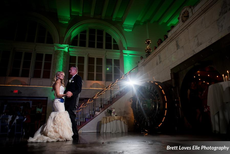 Eldred_Pierce_BrettLovesEllePhotography_LaurenTylerReception155_0_low